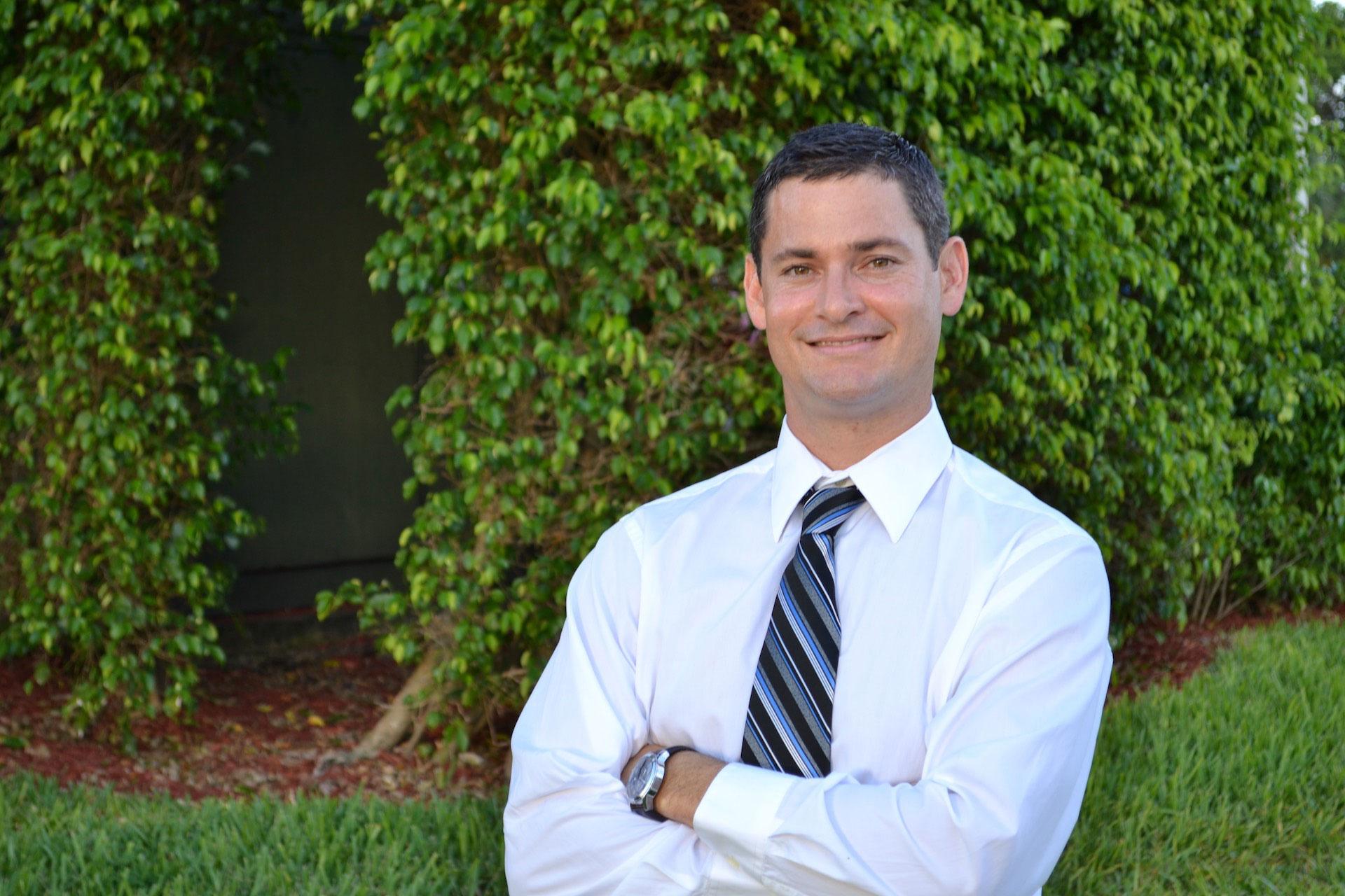 Dr. Jason Gill